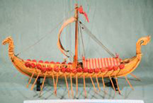 Thumbnail of Model: Gokstad Viking Ship (1913.09.0008A)