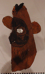 Thumbnail of Peleacon Bark Cloth Mask (2000.01.0905)