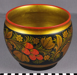 Thumbnail of Borsch Serving Bowl (1977.06.0001A)