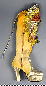 Photo of Morenada Costume: Boot