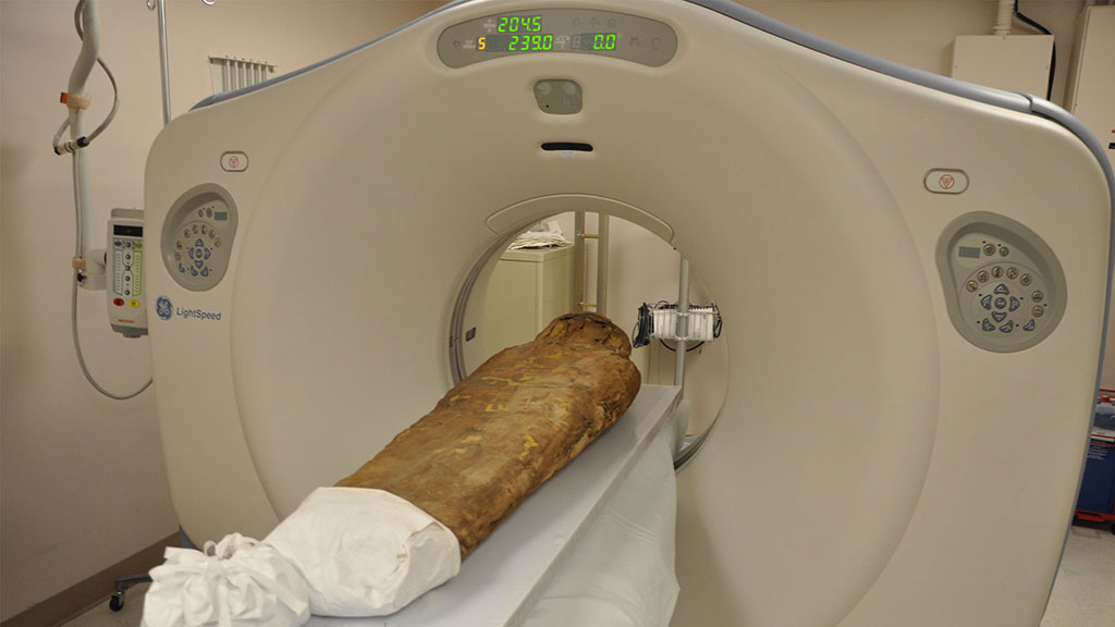The Spurlock Museum mummy gets a CT-scan