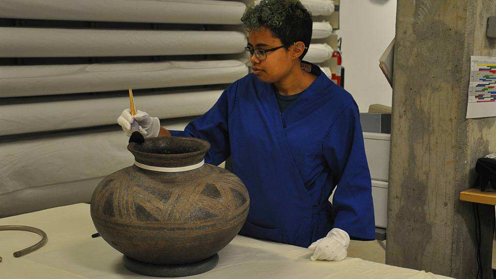 Collections Care: Cleaning African Ceramic Pots