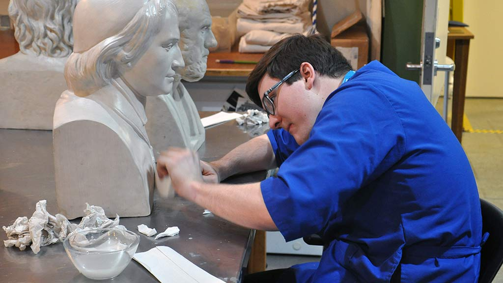 Bust-A-Move: Cleaning Classic Plaster Casts overview thumbnail
