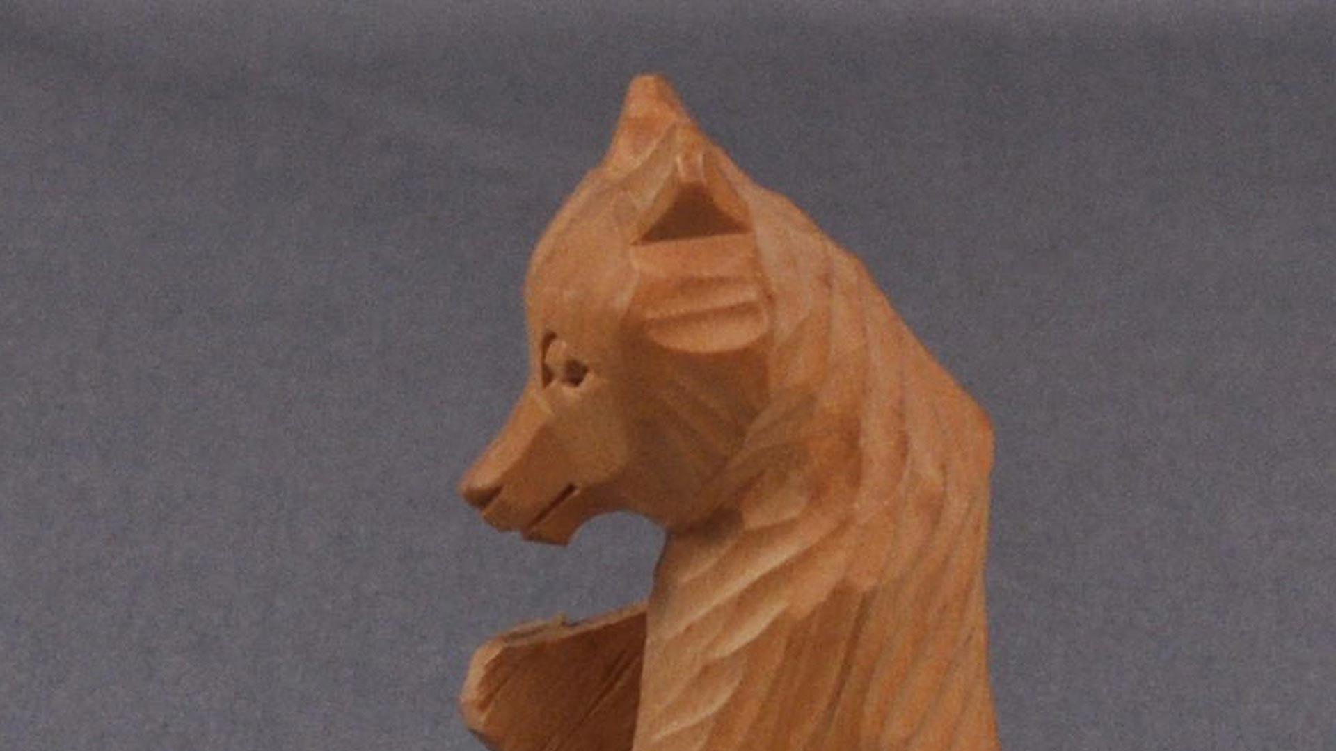 /img/wooden bear figure