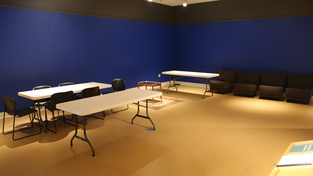overview of the back area with tables and chairs