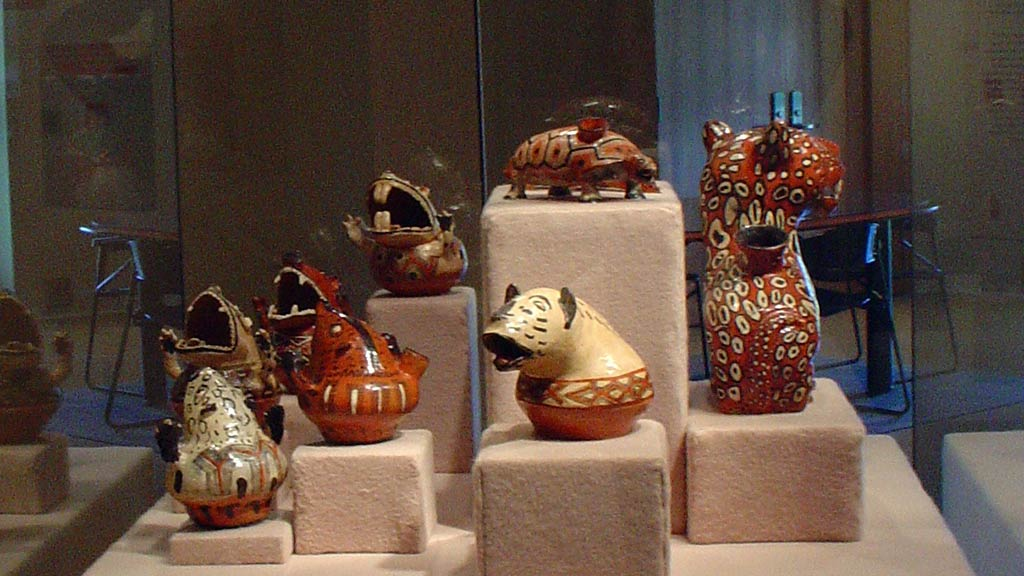 ceramic animals oppening their mouths